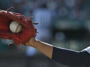 「野球男子」の減少は本当に問題か。北海道の教室で出会った2人の女子。