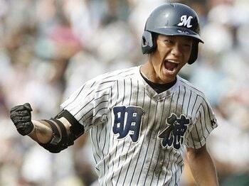 2017年の高校野球はスラッガーの年。明徳・西浦、秀岳館・木本、そして。<Number Web> photograph by Kyodo News