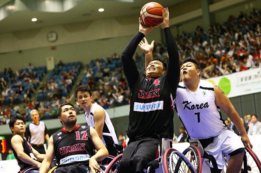 """チーム全員に徹底された""""ベーシック""""。車いすバスケ男子日本代表、リオへ。<Number Web> photograph by AFLO"""