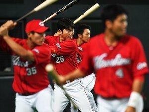 """""""仕掛けずバント""""の広島は怖くない。崖っぷちの今こそ赤ヘル野球を貫け。"""