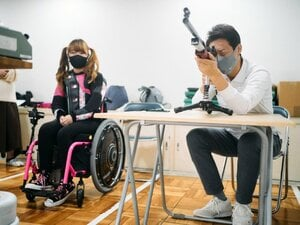 「緊張する感覚がわからない」松岡修造も驚く、パラ射撃の新星・水田光夏の規格外のメンタル
