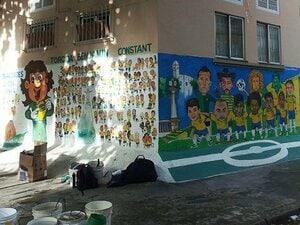 ブラジル人のW杯熱は想像を絶する。ネイマールが負う途方もない期待。