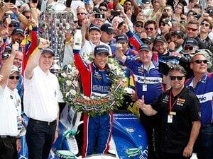 佐藤琢磨の快挙がホンダの勇気に。インディ500制覇、F1界からも祝福。