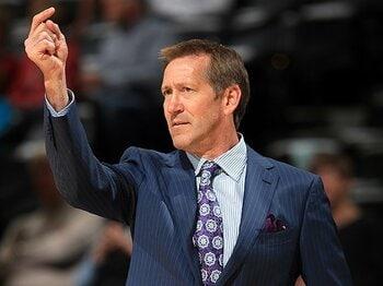 """下馬評を覆したサンズ、その健闘を支える""""伝統""""。~NBAの名脇役がHCに~<Number Web> photograph by Getty Images"""