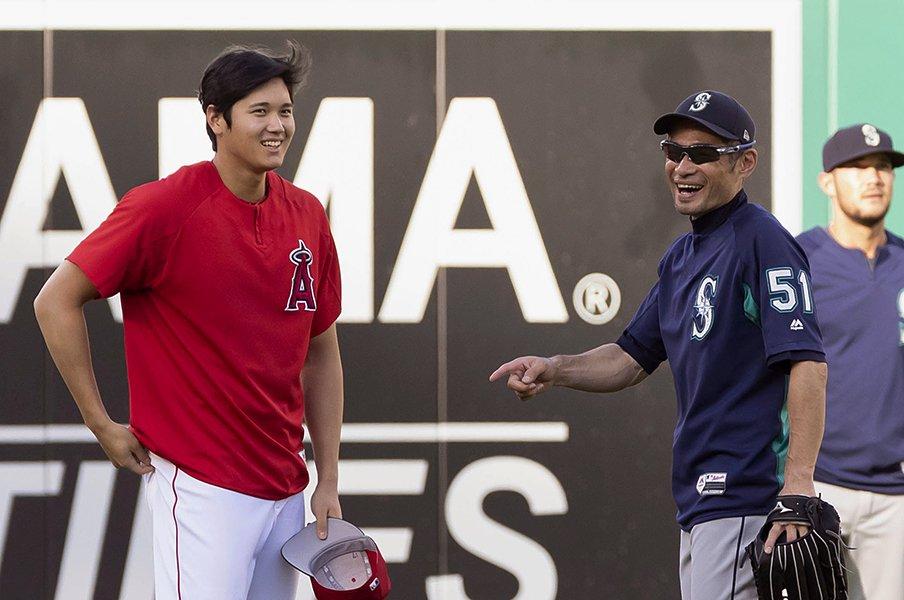 イチロー、大谷翔平への思い入れ。「サイヤング賞翌年に本塁打王を」<Number Web> photograph by Kyodo News