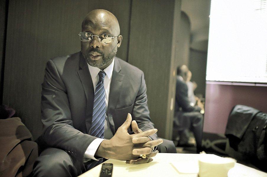 サッカー選手がリベリア大統領に!?ジョージ・ウェアが政権奪取間近。<Number Web> photograph by Bernard Papon