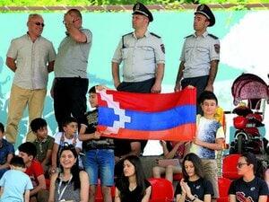 昨年の戦争で18歳GKはじめ多数戦死…未承認国家「アルツァフ」で生き延びたサッカー界の現状とは【全人口の60%が難民に】