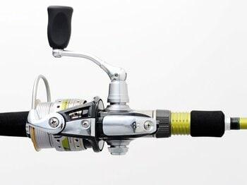 「とにかく釣りしたいっ」と思ったら、コレを買え! スーパー万能タックル登場。<Number Web> photograph by Nanae Suzuki