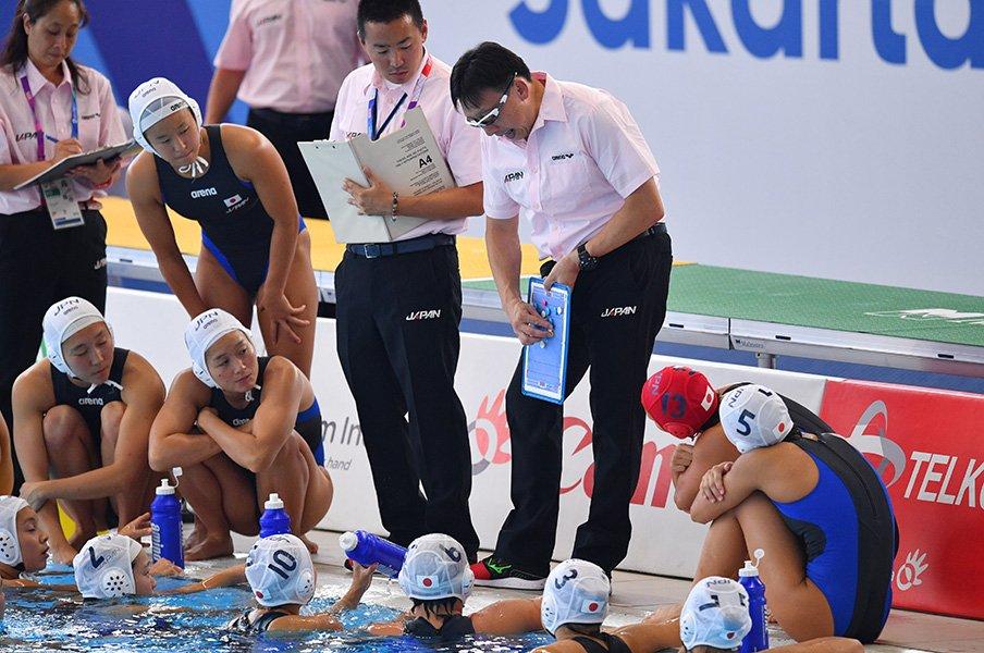 水球女子代表問題とは何だったのか。大本監督がSNSで伝えたかった本意。<Number Web> photograph by AFLO