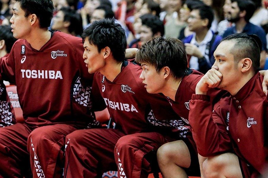 辻直人、Bリーグファイナルを今語る。「引退しなきゃいけないってこと?」<Number Web> photograph by Kiichi Matsumoto