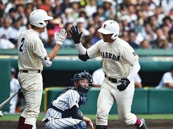 """徹底したインコース攻めも本塁打に!清宮幸太郎は全く""""がばらない""""打者。<Number Web> photograph by Hideki Sugiyama"""