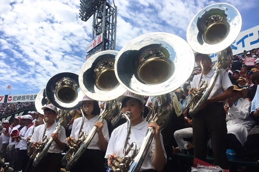 なぜ高校球児は応援曲を真似たがる?甲子園の画一化とオリジナル曲の期待。<Number Web> photograph by Yukiko Umetsu