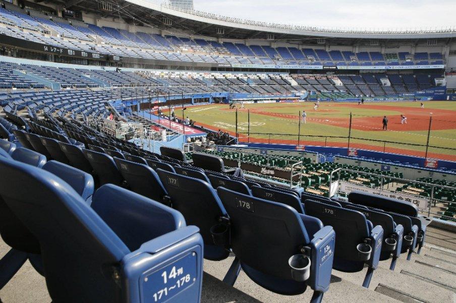 実況アナから見た無観客試合の景色。静寂な球場で野球の魅力を伝える。<Number Web> photograph by Kyodo News