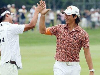 「やっと向上心が英樹に追いついた」石川遼、2年ぶりの1勝は理想の先に。<Number Web> photograph by Kyodo News